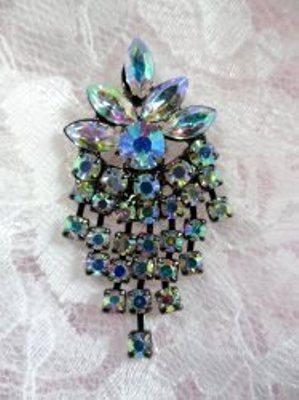 ACT/XR185 Black Backing Aurora Borealis Rhinestone Applique Glorious Dangles Embellishment 1.5\