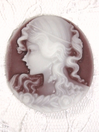 CB22  Brown Victorian Cameo Bead 1.5