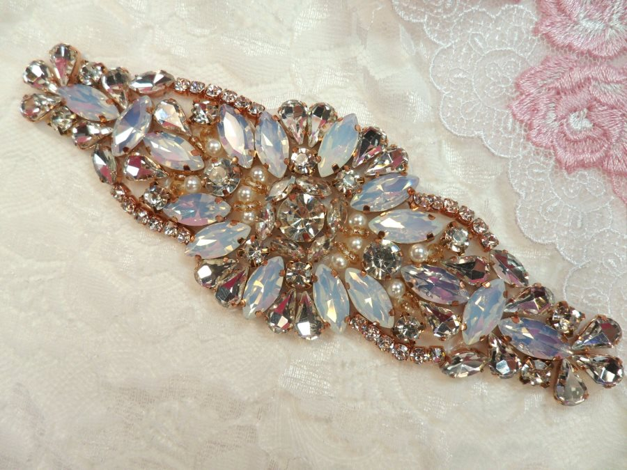 Rose Gold Setting Crystal Rhinestone Applique w/ Pearls and White Jelly Accent Stones 5.25 (MS123)