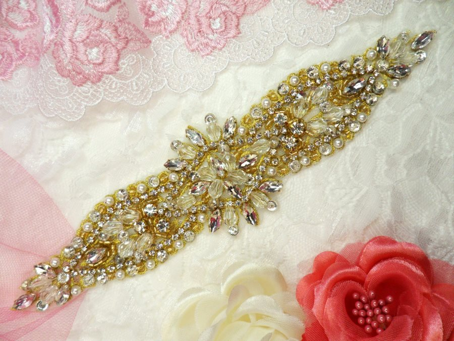 Applique w/ Gold Setting and Beads Multiple Crystal Rhinestones w/ Pearls 8 (MS128)