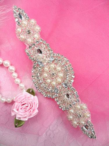 XR78 Silver Pearl Beaded Crystal Rhinestone Applique 6\