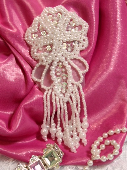 """Crystal Pearl Dangle 4.5"""" Sequin Beaded Applique 0103"""