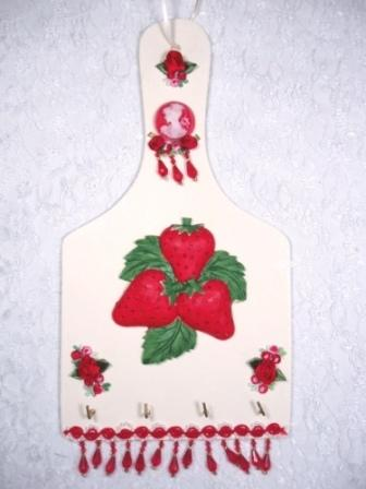 0124D  Red Victorian Strawberry Key Holder Plaque