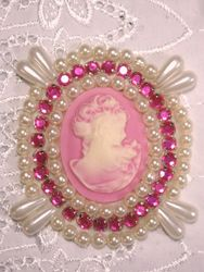 0388  Ivory  Pink Victorian Cameo Pink Rhinestone Beaded Applique 2.75""