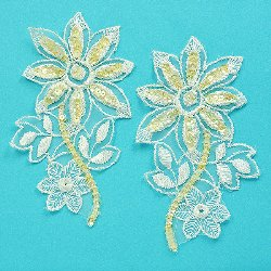 E2729 Ivory Venise Lace Daisy Mirror Pair Sequin Appliques 5&quot;