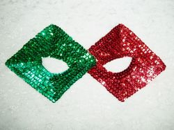 K50M  Red & Green   Mask Sequin Applique 9""