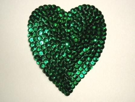 K8395   Green Heart  Sequin Applique 3.5""