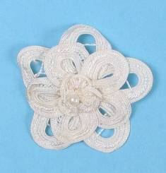 E5552 Ivory Double Floral Bouquet Applique 2.5""