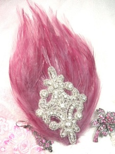 FB39 Mauve Rose  Feather Crystal Rhinestone Applique Brooch 7&quot;