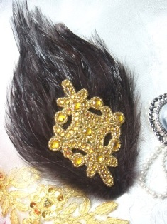 FB45 Brown Feather Gold Rhinestone Applique Brooch 7&quot;
