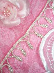"FS3400TP Pearl White Fringe Sewing Trim 1"""