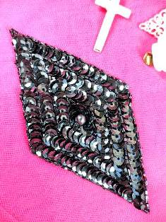 FS475L Gunmetal Diamond Beaded Sequin Applique 5""