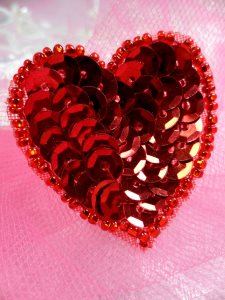 """FS510 Red Valentine Heart Sequin Beaded Applique 1.5"""""""