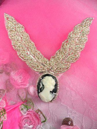 FS858 Cameo Collar Neckline Beaded Applique 3.5""
