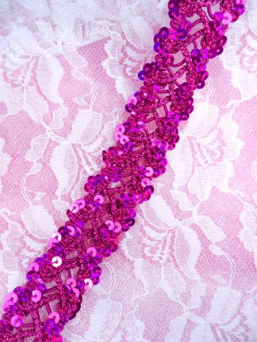 GB267 Fuchsia Holographic Sequin Sewing CraftsTrim 1""