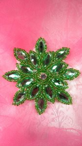 JB219 Applique Green Snowflake Jewel Beaded 3""