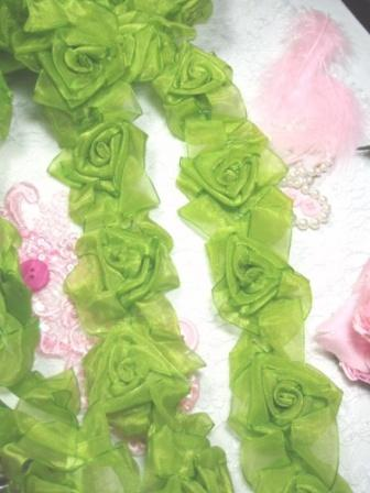 L28  Lime Apple Green Organza Floral Sewing Trim 2.5""