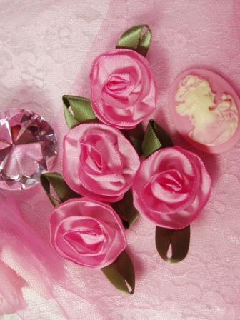 L60 Set of ( 4 ) Pink Ribbon Rose Flower Appliques 2.5""