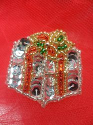 """LC1582 Christmas Gift Applique Beaded Sequin Patch 1.25"""""""