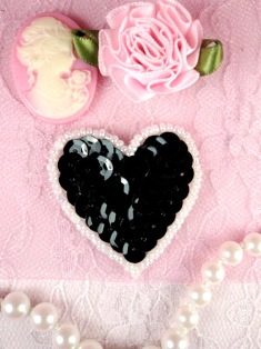 MS45 Black White Heart Beaded Sequin Applique 1.5""