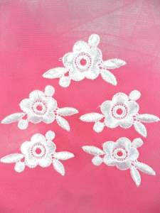 MS65 White Flower (Set of 5) Embroidered Applique Floral 1.75""
