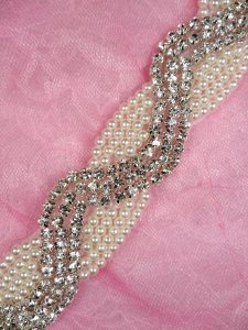 N60 Pearl Beaded Crystal Clear Rhinestone Trim