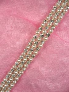 N62 Ivory Pearl Beaded Crystal Clear Rhinestone Trim