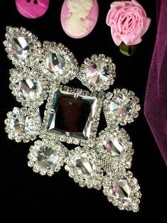 TS29 Silver Crystal Clear Rhinestone Applique Embellishment 5""