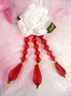 VD1 White Red Floral Dangle Beaded Applique