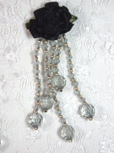 VD21 Black Gray Floral Dangle Beaded Applique 3.75""