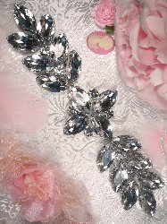 XR118 Zeda Silver Crystal Rhinestone Applique 9.75
