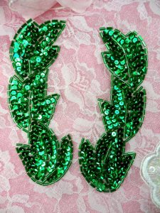 XR301 Green Leaf Mirror Pair Beaded Sequin Appliques 5.25""