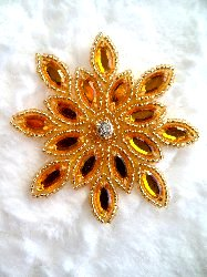 XR32 Applique Gold Beaded Snowflake Rhinestone Center 3""
