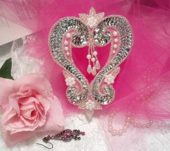"""Silver Heart  4"""" Sequin Beaded Applique  0063"""
