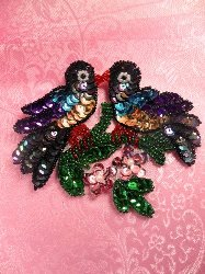 SA132 Sequin Applique w/Beads Two Love Birds Kissing 5""