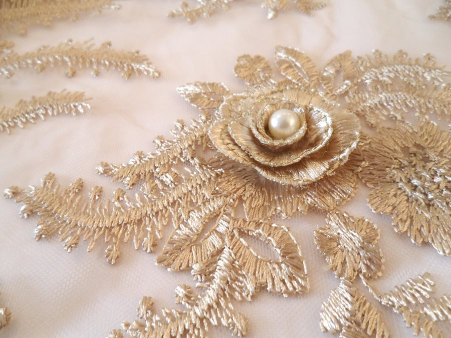 3D embroidered fabric