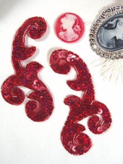 Red Mirror Pair Sequin Beaded Appliques 4 (XR374)