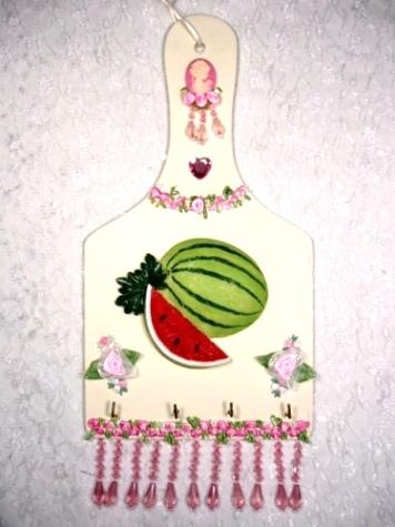 0124B  Pink Victorian Watermelon Key Holder Plaque