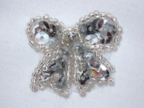 0185  Silver Bow Sequin Beaded Applique 1.25
