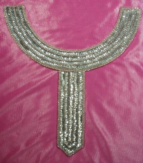 K8397  Silver Collar Sequin Beaded Applique 9.5