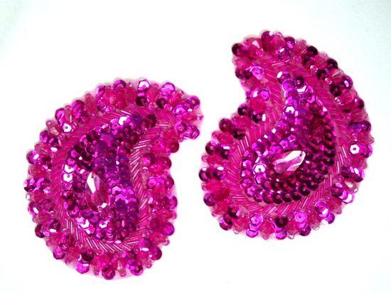 0361  Fuchsia Paisley Mirror Pair Beaded Sequin Applique 3.25\