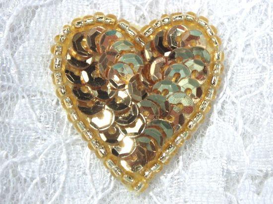 0362  Gold Heart Beaded Sequin Applique 1\ +