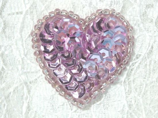 0362  Mauve Rose Heart Beaded Sequin Applique 1 +