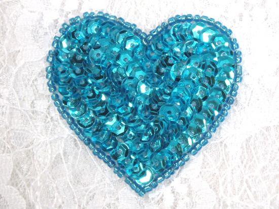 0363  Turquoise Heart Beaded Sequin Applique 2
