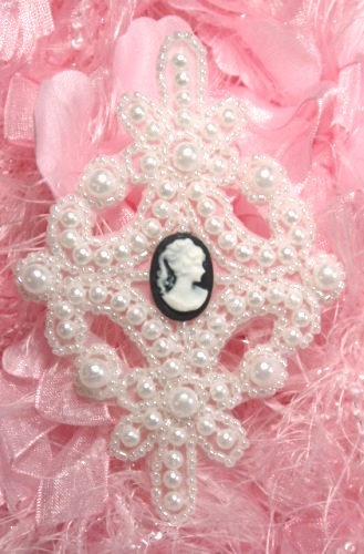 0404  White Cameo Pearl Beaded Applique 4