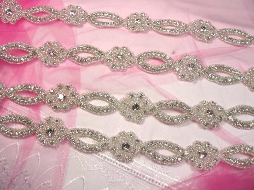 0429  Crystal Clear Glass Rhinestone Silver Beaded Floral Trim