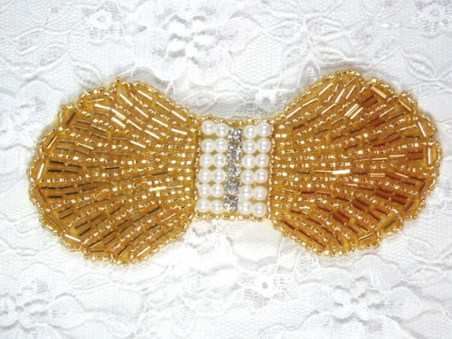 0434  Gold Pearl Rhinestone Bow Beaded Applique 4.5