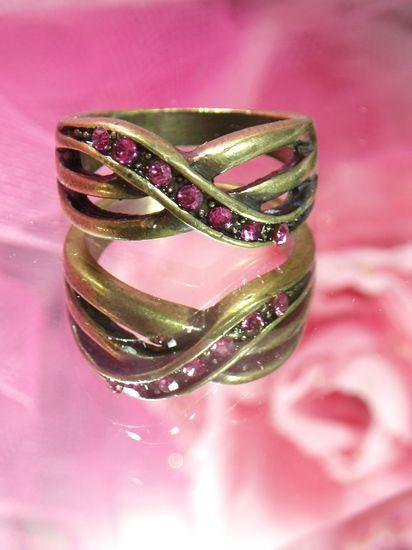 654  Pink Rhinestone Antique Gold Vintage Ring sz. 7.75
