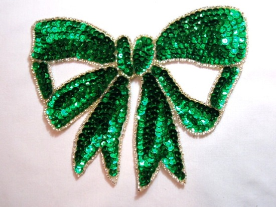 K8140 Green Large Bow Sequin Beaded Applique 6.75\