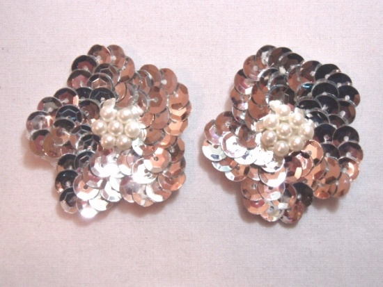 K8261  Set of (2) Silver Flower Pair Sequin Beaded Appliques 1.75
